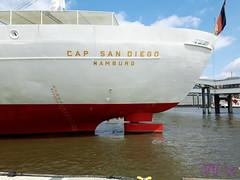 Spaziergang am Hafen (waldo-x) Tags: hamburg hafen harbour schiffe ships