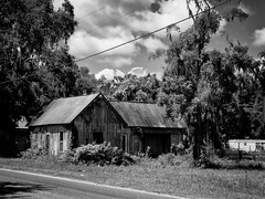 Abandoned but remembered (John Ilko) Tags: 500px us301 abandoned building oldstructure oldbuilding wooden field fujifilm x30 xtran sumtervillefl country smalltown roadside