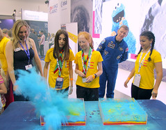 Suzie Imber, Associate Professor of Planetary Science at the University of Leicester and young participants (europeanspaceagency) Tags: fia18 fia2018 farnborough farnboroughairshow farnboroughinternationalairshow esa europeanspaceagency space universe cosmos spacescience science spacetechnology tech technology uk timpeake astronaut astronauts suzieimber experiment