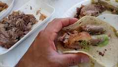 """Carnitas tacos"" are prepared with pork meat. They are dressed with a spicy green hot sauce (onion, avocado, coriander, garlic, salt, green chilis and lemon). (yaotl_altan) Tags: carnitas tacodecarnitas salsaverde carnitastaco cocinamexicana mexicancuisine mexicanfood comidamexicana cozinhamexicana cucinamessicana cibomessicano cuisinemexicaine nourrituremexicaine mexikanischeküche mexikanischenahrung cuinamexicana menjarmexicà cerdo pork porco cochon schwein maiale свининa"