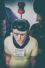 Tipp-Kick (michael_hamburg69) Tags: hamburg germany deutschland tibarg tibargcenter mall einkaufscenter schaustück bittenichtbespielen fusballer bitteaufdenkopfschlagen topkicker figure worldcup weltmeisterschaft 2018
