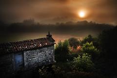 Berdeogas (Feans) Tags: sony a7r a7rii fe 24105 g berdeogas dumbria mencer sunrise fog mist neboa galiza galicia horreo cabazo