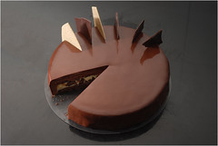 Ultime, sliced (Pitzpootzim) Tags: chocolate vanilla pierreherme cake mousse entremet patisserie