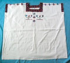 Huipil Maya Santa Marta Chiapas Mexico (Teyacapan) Tags: huipils mexican chiapas mayan textiles clothing ropa embroidered santamarta