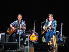 Henley and Frey (Bob90901) Tags: henley frey donhenley glennfrey eagles bethelcenterfortheperformingarts bethel newyork rpg90901 music musicians guitar summer canonpowershotsx230hs performance 2013 july 2006