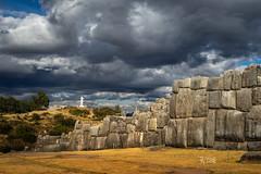 2018 Christianity and Inca culture (jeho75) Tags: sony ilce 7m2 zeiss peru south america südamerika cusco christ christus blitztempel inka inca christusstatue masonry mauerwerk