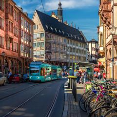 City Life (FocusPocus Photography) Tags: frankfurt germany deutschland häuser houses strasse street architektur architecture strassenbahn tram stadtleben citylife