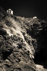 Port Isaac house parasol (Brook Fabling) Tags: port isaac hose parasol cliff sky mono fuji x100f