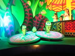 Disneyland Paris June 2018 (Elysia in Wonderland) Tags: disneyland paris disney france holiday birthday elysia meryn lucy pete 2018 june vacation irs small world ride animatronics dolls around country countries frogs