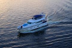 YAHTA_ZAKAT (Bluff72) Tags: yacht fujifilm xf 35mm sunrise kater ships