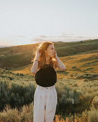 babetown-8 (den_ise11) Tags: alexa summer solstice longest sunset golden hour mountains boise national forest pnw model sun hills foothills jeep
