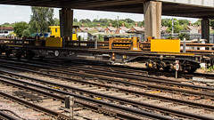 YEA 979412 (JOHN BRACE) Tags: yea 979412 perch bogie continuously welded rail clamping wagon 979614 seen eastleigh