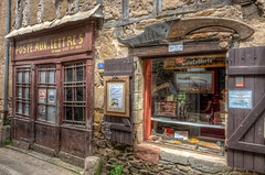 The old post office, Najac (PhilHydePhotos) Tags: architecture buildings france lesplusbeauxvillagesdefrance najac southoffrance themostbeautifulvillagesoffrance bâtiments