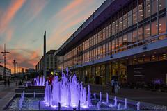Dresden - Kulturpalast (Norbert Helbig) Tags: nikon d7200 europa europe germany deutschland saxony sachsen dresden outdoor abend wasser glas architektur modern