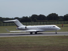 N141QS Bombardier Global Express-BD-700 NetJets Sales Inc (Aircaft @ Gloucestershire Airport By James) Tags: luton airport n141qs bombardier global expressbd700 netjets sales inc bizjet eggw james lloyds