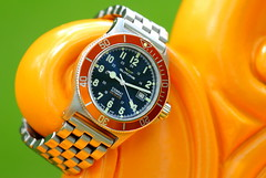 Glycine, Sub. 9 (EOS) (Mega-Magpie) Tags: canon eos 60d outdoors wristwatch watch timepiece time glycine combat sub swiss made dive diver blue sunburst orange automatic