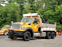 Maryland State Highway Administration Truck 71-274 (Seth Granville) Tags: maryland sha international workstar snow henderson muni body