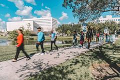 Students on campus (fiu) Tags: campus 2018 kissing bridge sipa doug garland students walking blurred