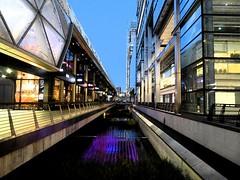 West India Quay, One Canada Square. Panasonic Lumix DMC TZ70. P1061238. (Robert.Pittman) Tags: panasonic lumixdmctz70 lumix dmc nightimage water buildings westindiadock marriott onecanadasquare canarywharf docklandslondon e144ed