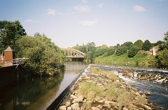 Netham Weir (knautia) Tags: nethamweir netham riveravon bristol england uk june 2018 film ishootfilm olympus xa2 olympusxa2 kodak ektar 100iso nxa2roll32 weir avon river bridge