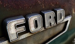 FORD (Cathy de Moll) Tags: ford truck rust rusty midcentury