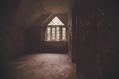 Fenster - Window (SchuhSchone) Tags: verlasseneorte lostplaces verlassen leave spuk spook alt old geist geister ruine ruin