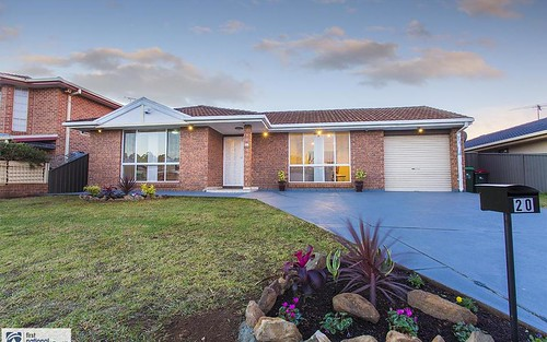 20 Currawong St, Green Valley NSW 2168