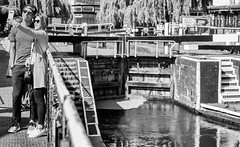 Camden Selfie (handmiles) Tags: mono monochrome blackandwhite bw camden market camdenmarket selfie street streetphoto streetphotography london city capital canal lock cadmencanal outdoor outside out sony sonya77mark2 sonya77m2 sony50mm f18 prime primelens mileshandphotography2018