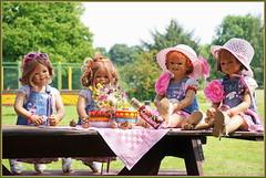 Gartenkinder ... (Kindergartenkinder 2018) Tags: kindergartenkinder annette himstedt dolls milina annemoni tivi sanrike schloss lembeck blume garten