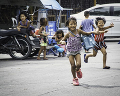 Children (Beegee49) Tags: street children running girls young child bacolod city philippines allfreepicturesjuly2018challenge