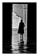 silhouette, centre andalou d'art contemporain (Marie Hacene) Tags: séville noiretblanc silhouette sevilla espagne andalousie
