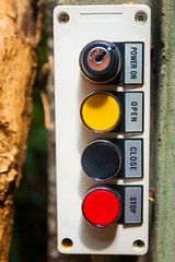 Power On/Open/Close/Stop (A Great Capture) Tags: ontariosciencecentre buttons agreatcapture agc wwwagreatcapturecom adjm ash2276 ashleylduffus ald mobilejay jamesmitchell toronto on ontario canada canadian photographer northamerica torontoexplore summer summertime été 2017 switch