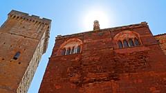 Château de Castelnau (franq76) Tags: château castel soleil ciel sun sky rouge bleu