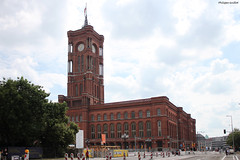 """Berlin : l'hôtel de ville (""""Rotes Rathaus"""") (philippeguillot21) Tags: berlin allemagne deutschland capitale europe rathaus pixelistes canon"""