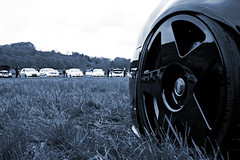Photo 18 (@r32ukoc_) Tags: volkswagen vw golf r32 golfr32 mk4 mk5 mk4r32 mk5r32 car vehicle transport engine v6 people show event meet megameet outdoor tree grass sky colour blue red silver black green r32ukoc
