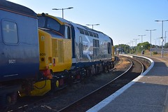 Large Logo 37409 about to take the 1817 Norwich Service from Gt Yarmouth. 28 06 2018 (pnb511) Tags: abelliogreateranglia trains railway greatyarmouth wherrylines shortset class37 loco locomotive semaphore signals track station drs platform