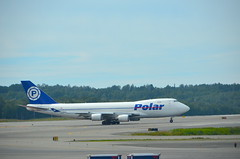 Planespotting in Anchorage (Neal D) Tags: boeing 747400 polaraircargo alaska anchorage tedstevensanchorageinternationalairport plane airplane aircraft runway n450pa