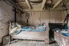 HOLZWURM (danieljakob22) Tags: verlassen verfall abandoned holzwurm urbex schlafzimmer bed antik bett bedroom