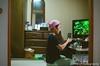 化粧 (✱HAL) Tags: om1 lomography 400 color nega film chiba funabashi home mother family