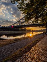 """Dresden """"Blaues Wunder"""" (Digicam-Beratung) Tags: baudenkmäler deutschland dresden industriekultur ostdeutschland sonnenunteraufgang sachsen de"""