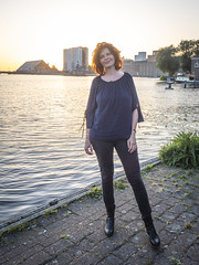Hanneke, Sugar City 2018: Sunset beauty (mdiepraam) Tags: hanneke sugarcity halfweg 2018 portrait pretty attractive beautiful elegant classy gorgeous dutch redhead woman lady naturalglamour curls bluetop leather boots mature milf sunset factory water sky