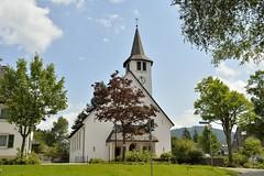 _DSC3582 (SLVA49) Tags: iglesia nubes nikon df 35mm