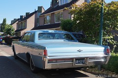 1967 Lincoln Coninental (NielsdeWit) Tags: nielsdewit car vehicle am4397 lincoln continental v8 odijk 462