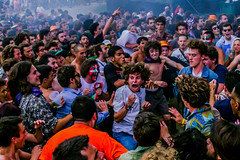 """Rattlesnake! Rattlesnake! Rattlesnake!   Mosh pit during King Gizzard and The Lizard Wizard's """"Rattlesnake"""" (Joshua Mellin) Tags: crazy wild expressions party mosh moshpit snake rattlensnake kinggizzardandthelizardwizard basque flag culture euskadi kids festival concert nuts documentary live basquecountry excitement music kinggizzard spotify applemusic jobs apple mac"""