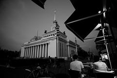 ВДНХ - главный павильон - 1 (dubich.22) Tags: вднх sovietarchtecture vdnkh buildings architecture parks evening bw