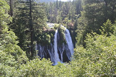 Burney Falls (Jess (on a plane)) Tags: california usa 2018 roadtrip holiday mcarthurburneyfallsstatepark burneyfalls waterfall nature day14