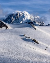 The Aiguille Verte (4122m) coming out of the clouds (Seb_f_s) Tags: sport 4000m nature hike climb mountaineering mountaineer alpinism alpinisme sommet altitude summit sigma d3400 nikon landscape montblanc chamonix france alps alpes montagne mountains rocks ice snow neige clouds nuages aiguilleverte aiguille