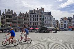 Grote Markt, Antwerp, Antwerpen, Belgium (Ingunn Eriksen) Tags: grotemarkt antwerp antwerpen belgium bike biker nikond750 nikon