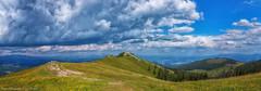 Brandkogel / Gaberl (Bikerwolferl) Tags: natur berg landschaft landschaftspanorama imfreien wolke himmel wiese anhöhe berggipfel schönheitdernatur gebirge wolkengebilde nature mountain landscape scenics outdoors cloudsky sky hill cloudscape