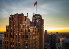 When you are on top of the world, you might as well take pictures. (Notkalvin) Tags: roof rooftopnotkalvin mikekline notkalvinphotography outdoor guardian building skyscraper cityscape detroit motorcity michigan flag usflag sunset top viewfromabove colorphoto nopeople landscape artdeco tiles brick old coolaf